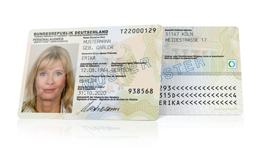 Front and back of a credit-card format ID card  (refer to: National identity card)